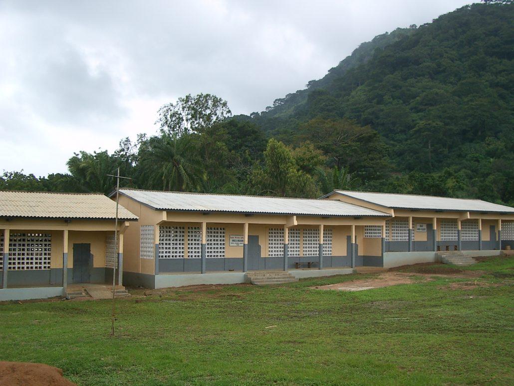 Einweihung des 2. Schulgebäude